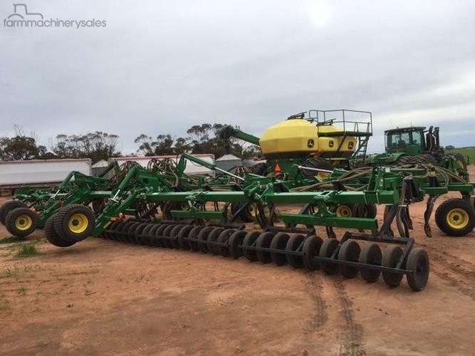 John Deere 1830 Farm machinery & equipments for Sale in