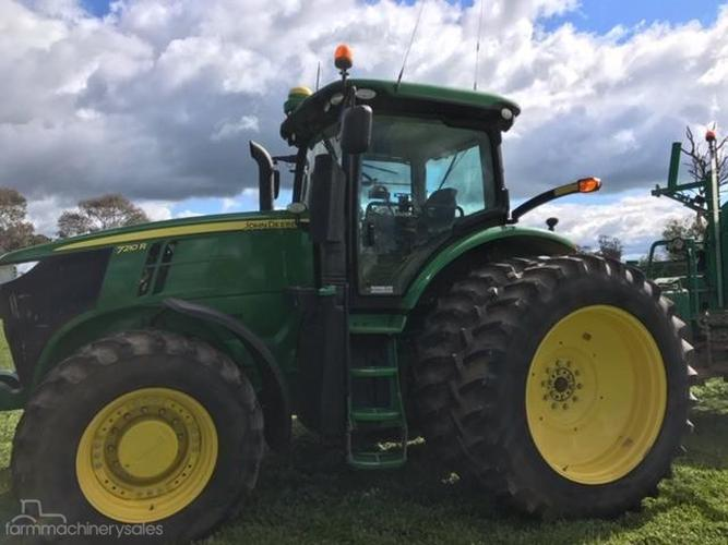 John Deere 7210R Farm machinery & equipments for Sale in