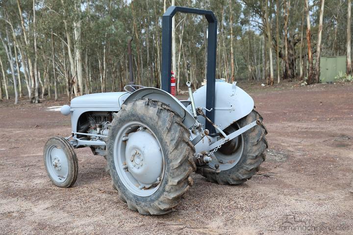 Massey Ferguson 2WD Tractors for Sale in Australia