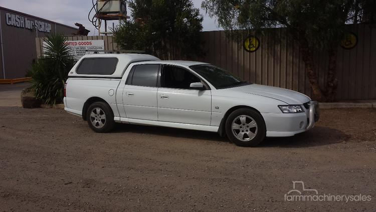 2007 Holden VZ Crewman Utility with canopy & 2007 Holden VZ Crewman Utility with canopy Utility Vehicle in ...