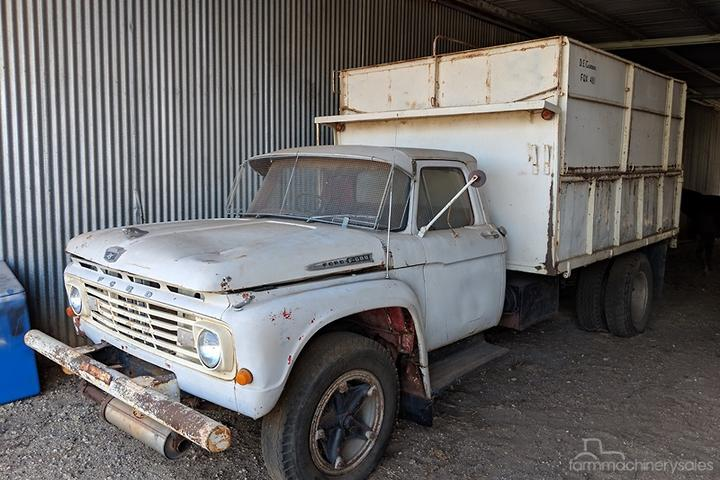 Ford F600 Tipper Farm machinery & equipments for Sale in