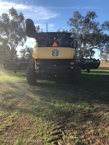 New Holland CR9070 Farm machinery & equipments for Sale in