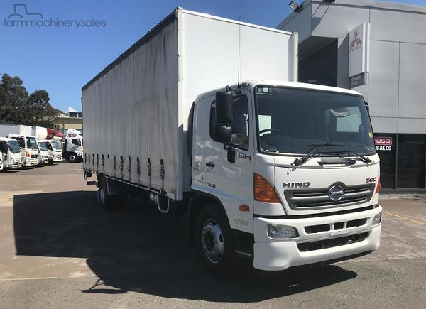 Hino Curtainsider Trucks In Australia Farmhinerys